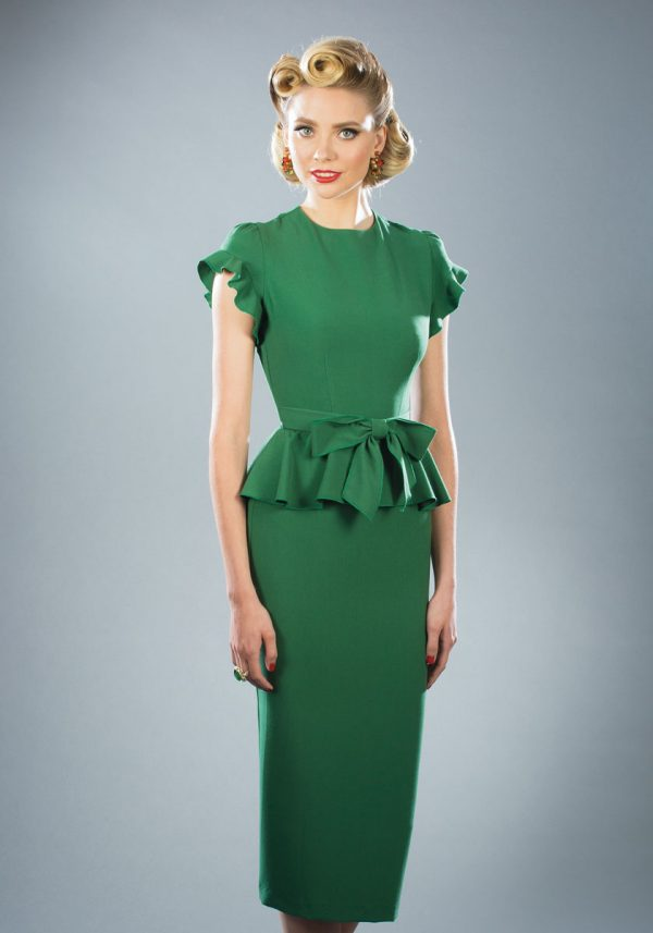 Stop-Staring-Willow-Dress-in-Green-on-Model-Image